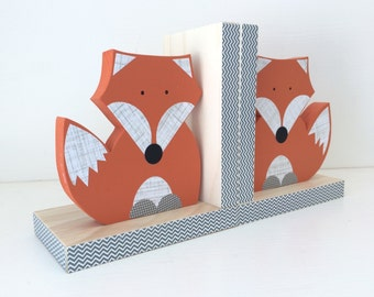 Fox Bookends, Orange and Gray, Woodland Nursery, Woodland Kids Decor, Wood Bookends, Children's Bookends, Fox Nursery, Forest Themed Nursery