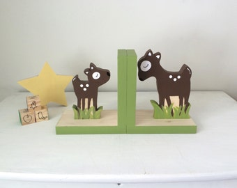 Deer Bookends, Fawn and Mother Deer, Woodland Decor, Forest Themed Decor, Kids Bookends, Nursery Decor, eco friendly
