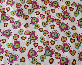 Table Runner Bright Hearts on Beige Padded