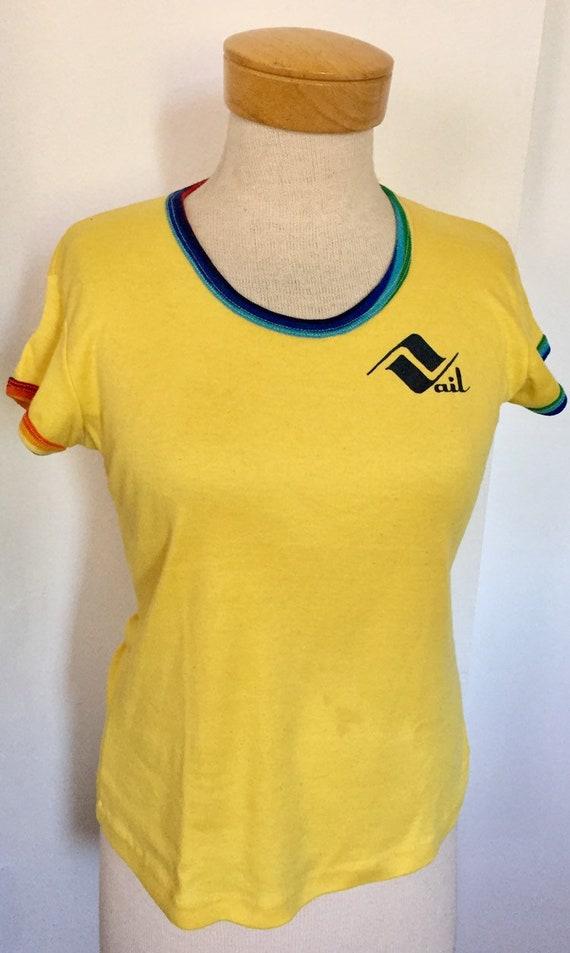 Vintage T shirt Vail Colorado yellow rainbow ringe