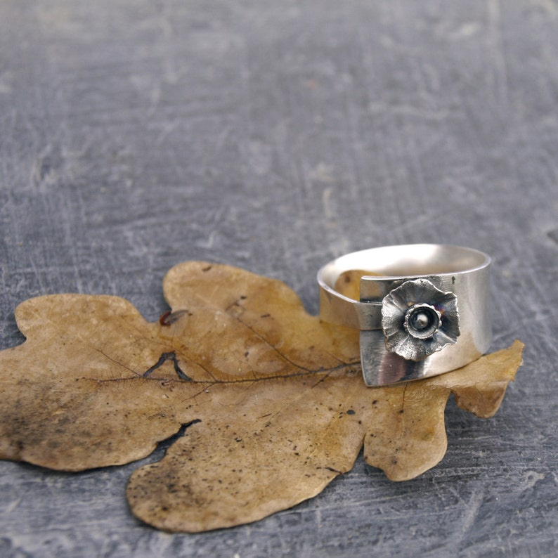 Flower ring Sterling Silver ring Floral ring Silver ring band rings for women