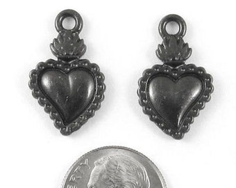 TierraCast Pewter Charms-Black FLAMING HEART MILAGRO (2)