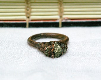 Pyrite Trio Ring, Recycled Copper, Electroformed Texture, Witchy Raw Stone, Size 4 1/2