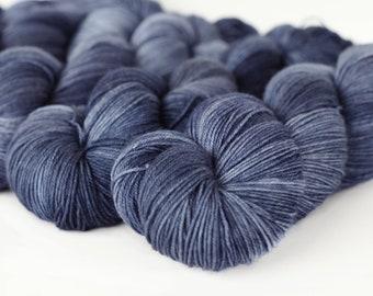TONAL: FAVORITE JEANS 463 yards on 'Posh' Sock Yarn/ 4 ply merino, kettle dyed tonal yarn