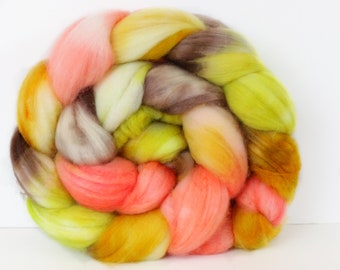 Wild Rose 4 oz Merino softest 19.5 micron Roving Top for spinning