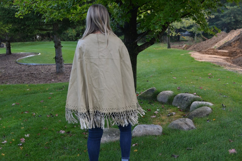 1970/'s Fringe with Leather Poncho Hippie /& Bohemian Aztec Western