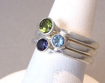 Multi-Stone Stacking Ring Set - Peridot - Aquamarine - Amethyst CZ - Size 6 1-2 Green Blue Violet  Sterling Silver - Pastel Mothers Ring