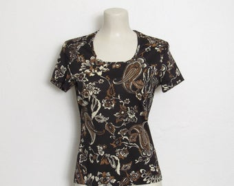 1970s ACT III Top / Black, White and Brown Floral & Paisley Print / Vintage 70s Fitted Pullover Shirt