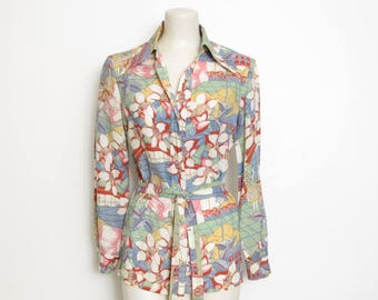 1970s Disco Top / Vintage Long Sleeved Novelty Print Belted Button-down Shirt / Butterfly Collar