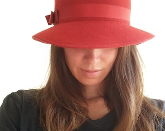 a13a4cc00b6 Vintage RED Wool Fedora Hat -union made