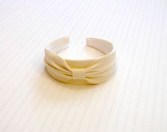 """Classic Chic Ivory Ultrasuede 2"""" Wide Bow Headband"""