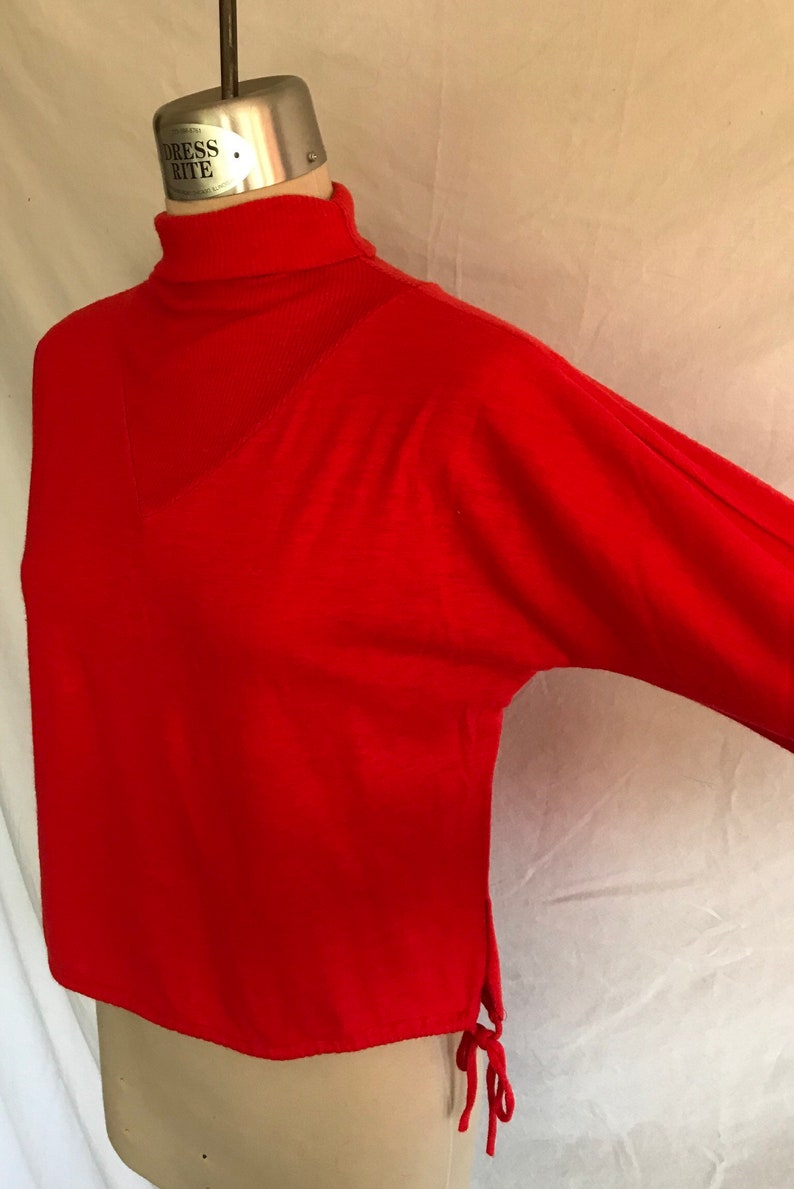 1950/'s Poppy Red Lightweight Knit Space Age Pullover