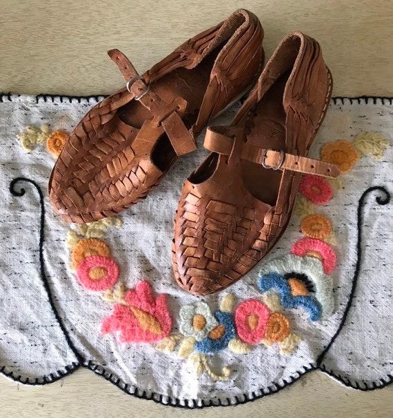 Cute 1950's Leather Huarache Mary Jane Sandals