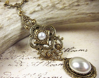 Tudor, Medieval Necklace, White Pearl Renaissance Pendant with Jewels, Medieval Jewelry, Ren Faire, SCA Garb, Renaissance Jewelry, Avalon