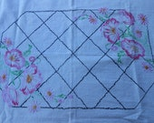 Tablecloth / Embroidered Tablecloth / Vintage Tablecloth / Small Tablecloth
