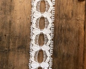 Vintage Creamy White Lace Trim, Vintage Sewing Trim, Delicate Lace Trim, 1970s synthetic Lace, 1970s Lace