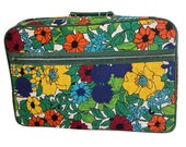 Vintage 1970s Flower Power Luggage, 1970s Floral Power Child's Luggage, Vintage Girl's Suitcase, 1970s Suitcase, 1970s Luggage