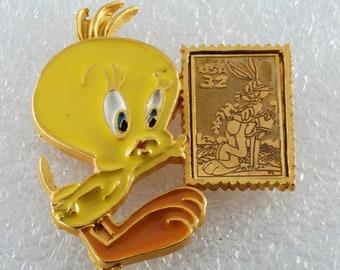 Old Stock 1992 Brass Daffy Duck Tie Tac Pin Warner Bros.