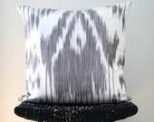 IKAT Linen and Silk Cushion Cover 45 x 45 cm