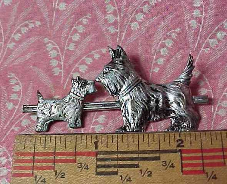 Vintage Double Scotty Dog Silver tone Brooch pin