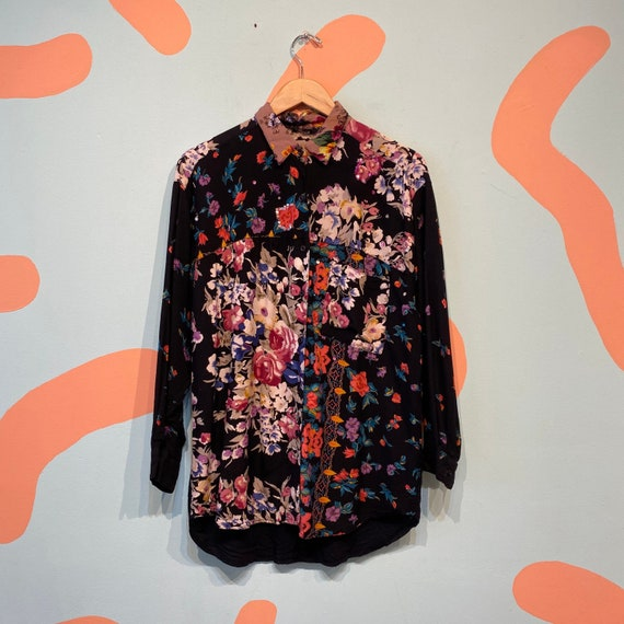 Vintage 90s blouse,Carol Little,floral summer shirt feminine blouse,boho chic shirt,colorful pattern,short sleeve,black,size M