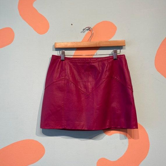 Vintage 80s Chia Fuchsia Pink Leather Mini Skirt - image 2