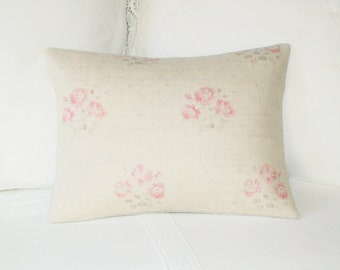 16 x 16 UK Designer Linen Bunches of Soft Pink Roses Kate Forman Kitty Cushion  Throw Pillow Cover Vintage Style Cottage Chic