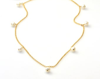 Gold Dangling Pearls Necklace