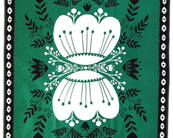 """Green Tea Towel 100% cotton, 20""""x30"""", comes in a gift packaging with a complimentary recipe card"""