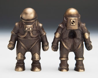 One Bronze Astronaut / Spaceman - Item #925