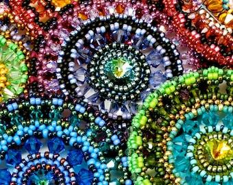 TUTORIAL Color Medallion - A Beaded Pendant