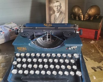 Vintage Typewriter - Royal Portable - 1920s - Blue Crackle - Working - Antique Office - Gift for Writer