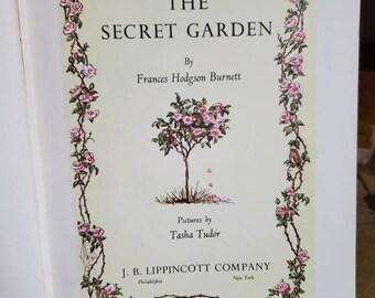 The Secret Garden - Frances Hodgson Burnett - Vintage Book Gift - Hardcover - 1962 Copyright - Children's Classic - Heirloom