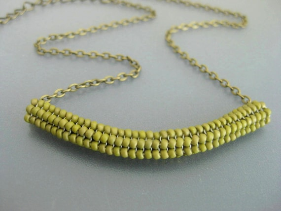 White Thyroid Neck Scar Cover Necklace Beaded Tube Pendant Seed Bead Jewelry