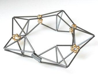 flex series star bracelet with gold