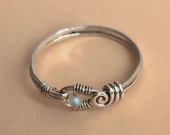 Intricate Sterling Silver Tiny Moonstone Ring, Wire Wrapped Scroll Band Detailed Small Blue Flash Gemstone Midi Pinky Thin Gift for Sis Girl