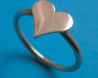 Sterling Silver Medium Heart Stacking Ring, Shiny Valentine Anniversary Birthday Love Promise Gift for Wife Girl Friend Daughter Sister Mom