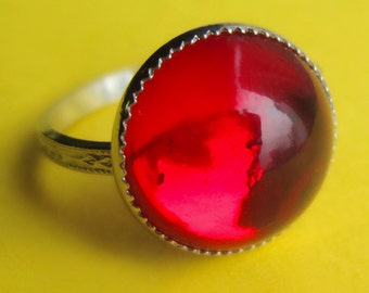 Vintage Sterling Silver and Red Swarovski Glass Dome Ring, Bright Crimson Smooth Cabochon Cocktail Right Hand Thumb Band, Size 5 or 6