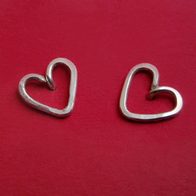 Tiny Sterling Silver Outline Heart Stud Earrings Hammered image 0