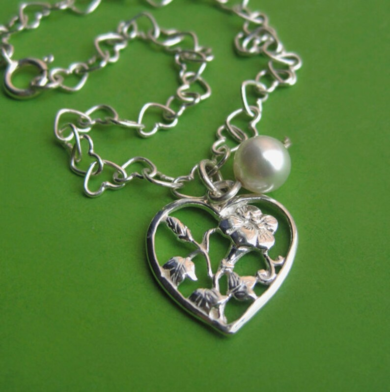 Sterling Silver Heart Link Bracelet with Flower Heart Charm image 0