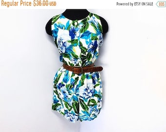 Storewide Sale Vintage 90s Rayon Floral Romper Shorts Jumper Onesie Jumpsuit Turquoise Blue Tropical Slouchy Pockets Button Front Summer S S