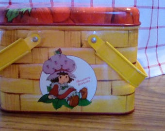 Vintage Strawberry Shortcake metal picnic basket canister