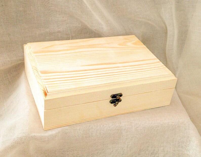 feminine beauty bollywood dance Indian decor beautiful Indian woman painting belly dance keepsake box 7x10 jewelry box