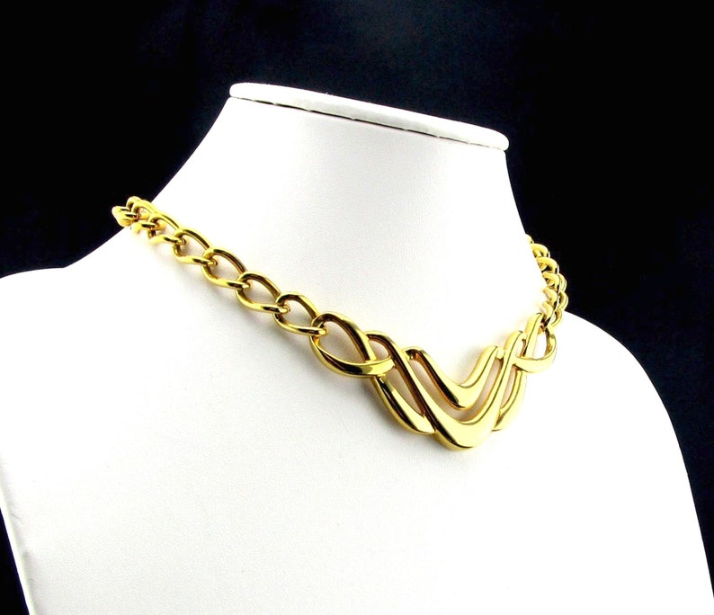Napier Collar Necklace Gold tone Tailored Two Collection
