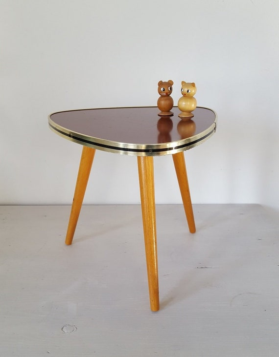 Red 60s Tripod Table Small Mid Century Coffee Table Triangle Three Leg Table Vintage 50s Nierentisch Plant Stand