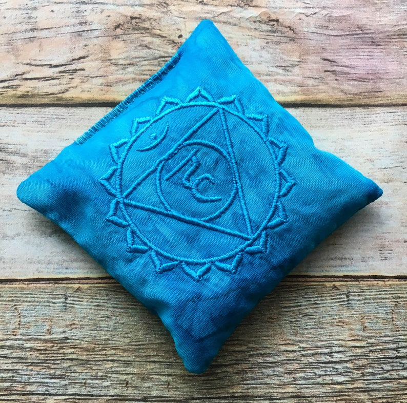 Throat Chakra Pillow - Chakra Pillow - Seven Chakras - Healing Crystals -  Meditation - Reiki - Crystal Healer Tools - SMALL - EMBROIDERED