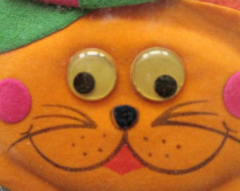 Vintage Gift Topper, Fabric Cat Package Decoration, Googly Eyes, Cute Kawaii Zakka, Made in Taiwan, Flat Fabric Cat, NOS, Gift Decoration