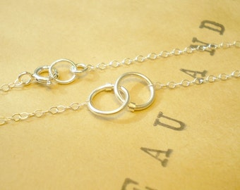 Tiny Links Bracelet - Two Small Interlocking Links on Delicate Chain