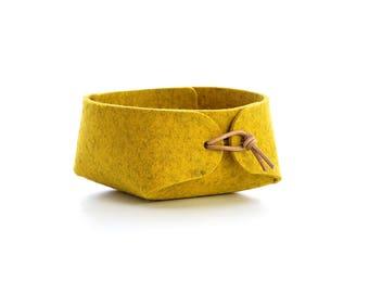 Jewelry organizer in wool felt, Acid yellow felt basket with leather ties, Bedside tray