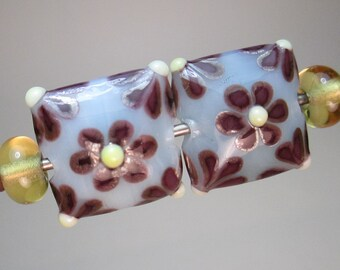 MATCHED PAIRS OF Handmade Lampwork Beads by Patti Cahill, Flowered Pillows + 2 Straw Yellow Plains (4 beads total)